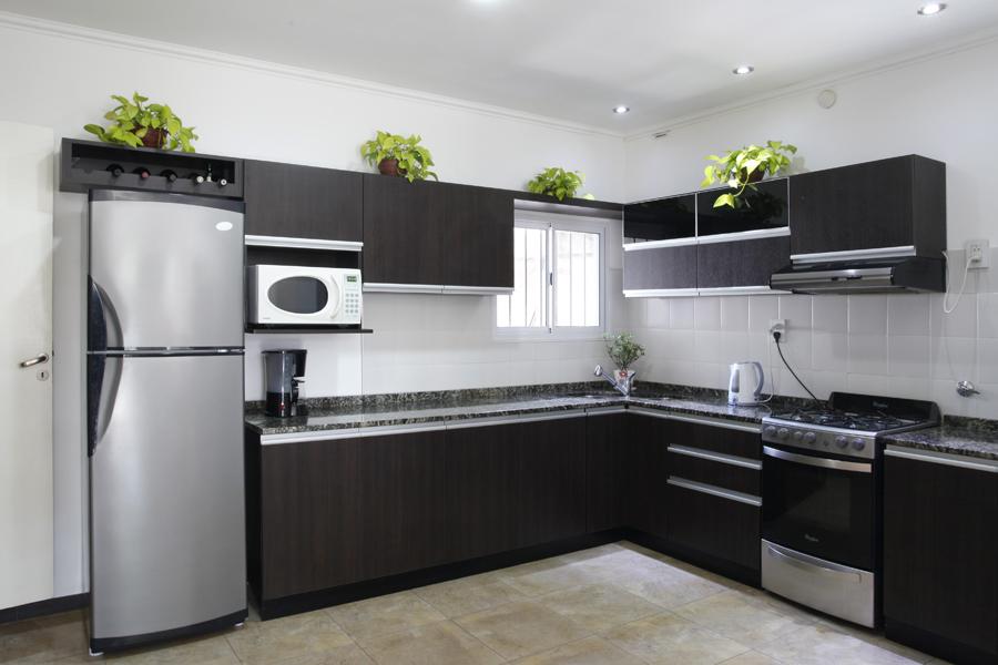 Bulian amoblamientos de cocina vestidores y placares for Placares cocina
